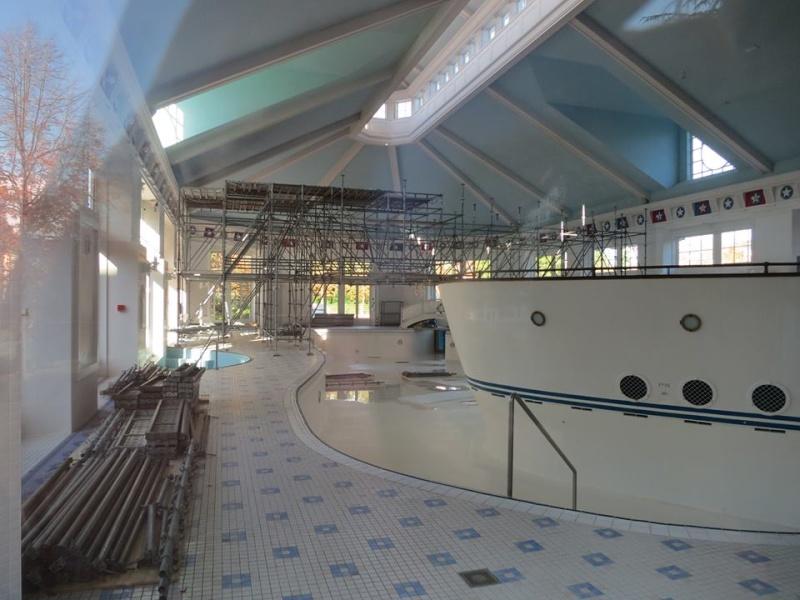 R novation de l 39 h tel disney 39 s newport bay club photos de for Interieur hotel disney