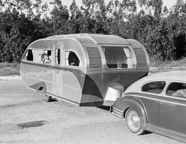 caravane page 2. Black Bedroom Furniture Sets. Home Design Ideas
