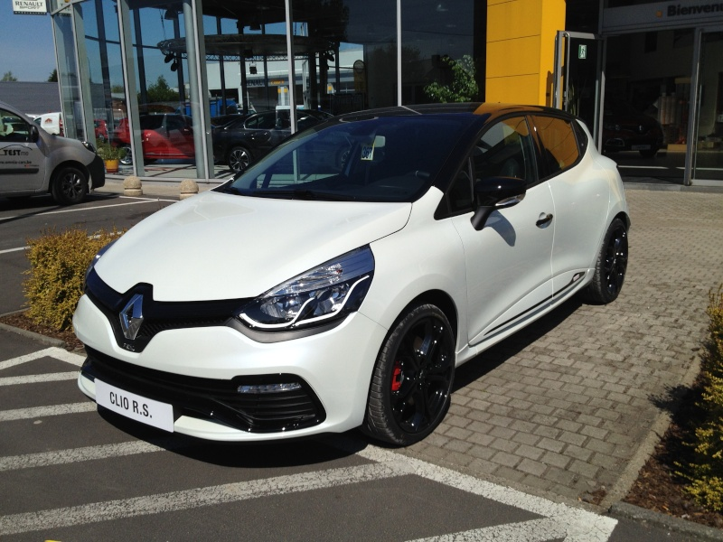 forum megane rs consulter le sujet la renault clio iv rs 1ers essais. Black Bedroom Furniture Sets. Home Design Ideas