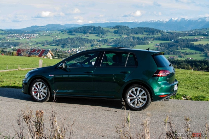 photos de vw golf vii bright green. Black Bedroom Furniture Sets. Home Design Ideas