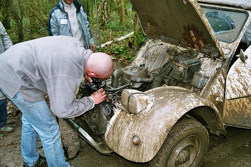 2cv raid vernon 2004