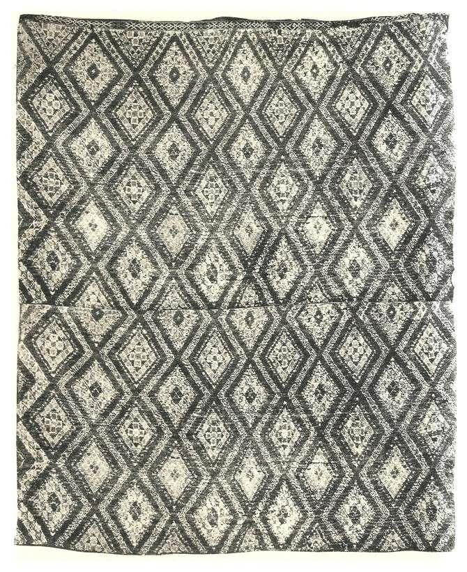 tapis berbere moderne. Black Bedroom Furniture Sets. Home Design Ideas