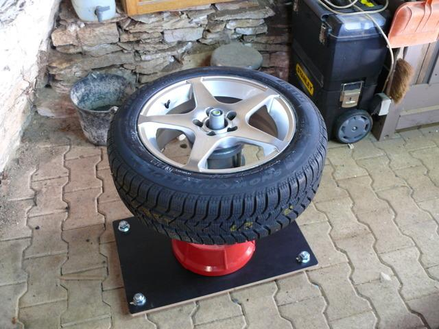 demonte pneu manuel page 2. Black Bedroom Furniture Sets. Home Design Ideas