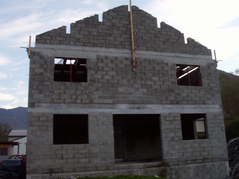 Construction d 39 un garage avec habitation page 2 for Cout d un garage en parpaing