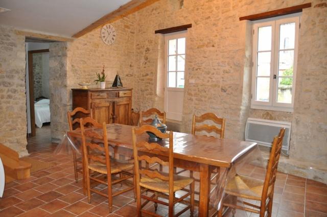 Le gite du clocher pr s de blaye 33390 cartel gue gironde - Interieur maison en pierre ...
