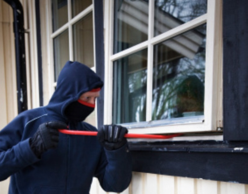 Simple Ways To Defend Your Home Against Burglars