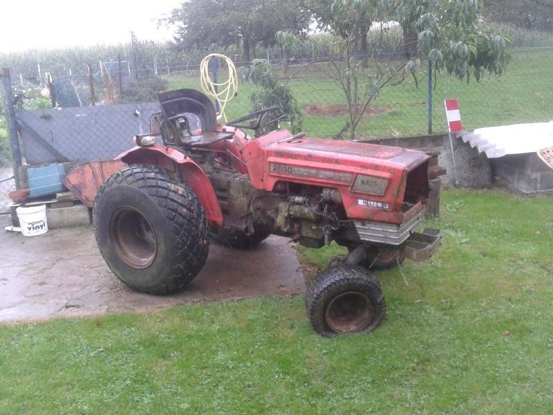 Laurent4235 et son micro tracteur massey 2000 laurent4235 for Espace vert 2000