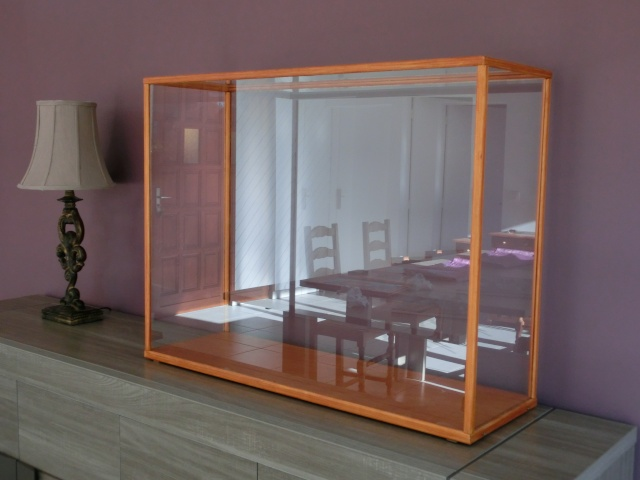 une vitrine pour moins de 100. Black Bedroom Furniture Sets. Home Design Ideas