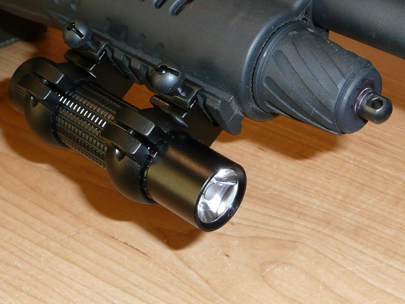 Lampe led tactique bricolage pour montage sur arme pas - Arme pas cher ...
