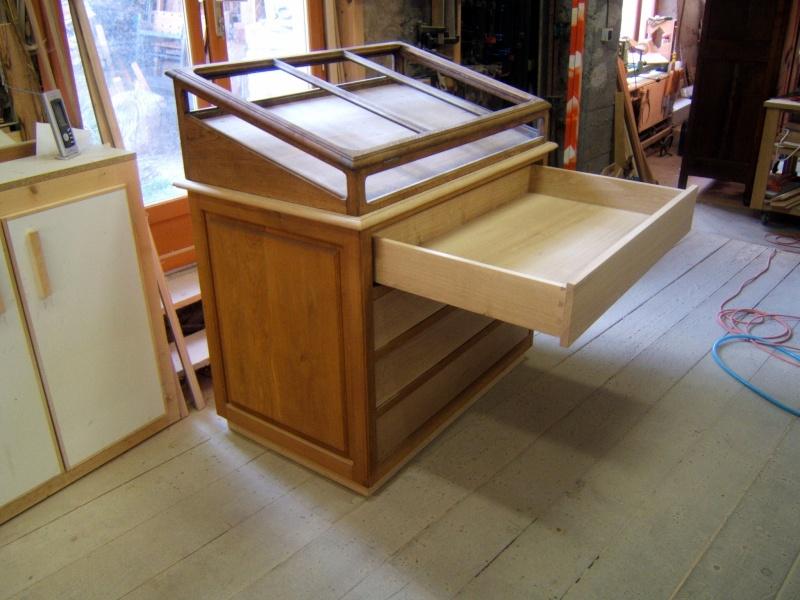 recup vitrine de joallerie. Black Bedroom Furniture Sets. Home Design Ideas