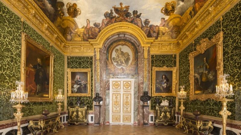Versailles la restauration du salon de l abondance for Salon de versailles