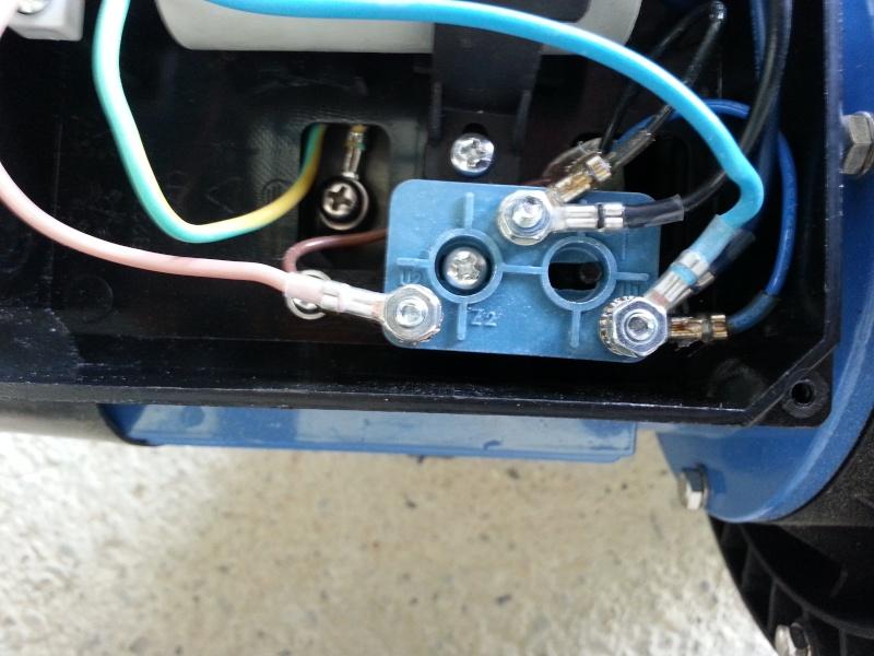 Connexion lectrique pompe piscine for Consommation electrique pompe piscine